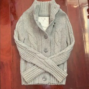 Cardigan in Grey from American Eagle